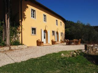 5 bedroom Villa with Private Outdoor Pool in Mastiano - Mastiano vacation rentals