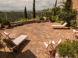Nice Villa with Internet Access and Dishwasher - Poggio alle Mura vacation rentals