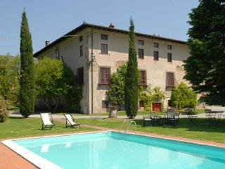 Nice Villa with Internet Access and Television - San Pietro a Marcigliano vacation rentals