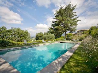 Incredible 5 Bedroom Hillside Villa in Tuscany - Gragnano vacation rentals