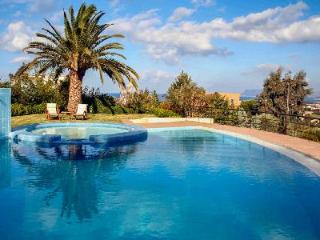 Space and comfort at Villa Joy minutes from heart of town & sandy beach with pool and housekeeping - Chania vacation rentals
