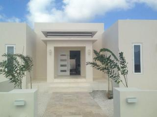 Villa Alexandra Aruba - Palm/Eagle Beach vacation rentals