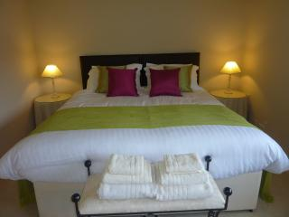 Gamelands Garden Flat - Caterham vacation rentals