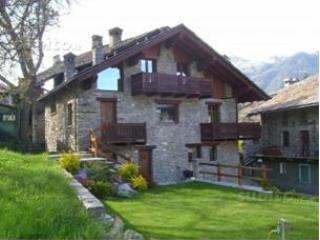 Appartamento Valle d'Aosta; Aosta Introd - Aosta vacation rentals