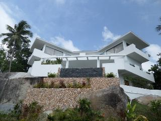 Amazing sea view 5 bedroom villa in Lamai - Lamai Beach vacation rentals
