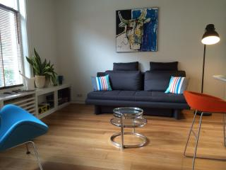 Romantic 1 bedroom House in Groningen - Groningen vacation rentals