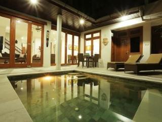 VILLA TAWA - Impressive Kuta Royal Villa Bali - Kuta vacation rentals