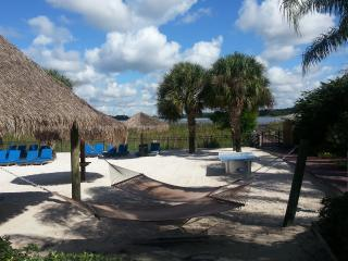 Great Rates on Bahama Bay 3 BR Condo near Disney - Davenport vacation rentals