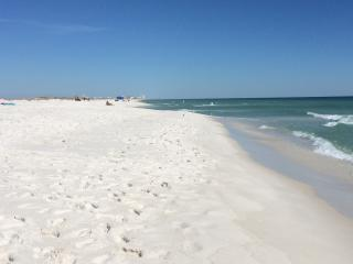 Cloud Nine on a Dime in Navarre Beach! - Navarre vacation rentals