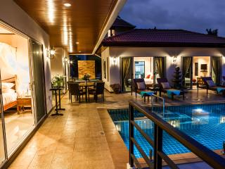 Samui Sunrise Seaview Villa - 3 Bedroom - Chaweng vacation rentals