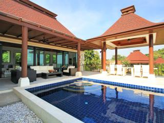 Sea view balisyle pool villa with 4 beedrooms - Prachuap Khiri Khan Province vacation rentals
