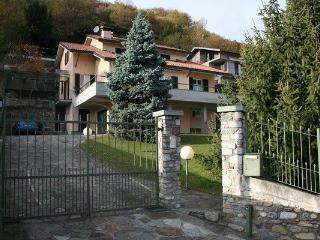 Casa Alice - Gravedona vacation rentals
