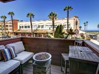 SURF PASSAGE: OCEAN VIEWS + GOURMET KITCHEN & THAT 'PEACEFUL, EASY FEELIN' - Pacific Beach vacation rentals