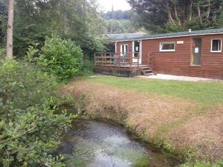 Lovely 2 bedroom Blangy-le-Chateau Caravan/mobile home with Deck - Blangy-le-Chateau vacation rentals