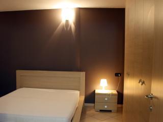 Appartamento Risorgimento Desenzano - Desenzano Del Garda vacation rentals