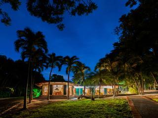 20% Off-CHRISTMAS & NEW YEAR Beach Front Yoga - Playa Panama vacation rentals