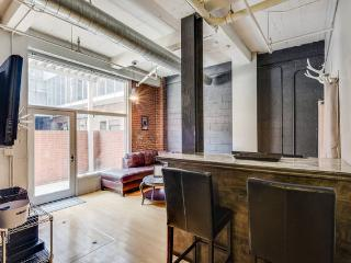 Literally Downtown!!! Inquire for Last Min Booking - Nashville vacation rentals