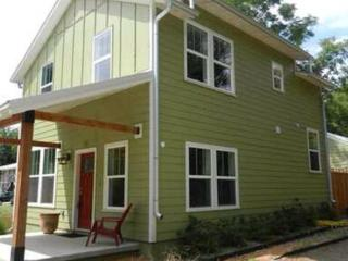 Perfect House with Deck and Internet Access - Fayetteville vacation rentals