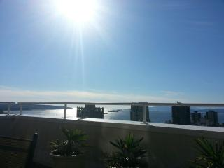 Clean & Cozy 360° Water View Westend DT Vancouver - Vancouver vacation rentals