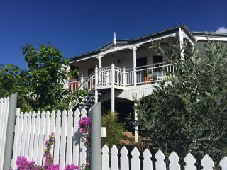 Riverside White House - Magnetic Island vacation rentals