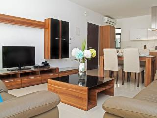 Luxury Apartment in a Prime Area in Sliema - Sliema vacation rentals