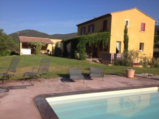 Nice Condo with Internet Access and Outdoor Dining Area - Var vacation rentals