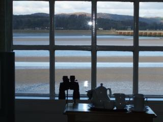 3 bedroom Apartment with Television in Arnside - Arnside vacation rentals