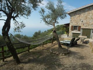 Comfortable House with Internet Access and Central Heating - Corniglia vacation rentals