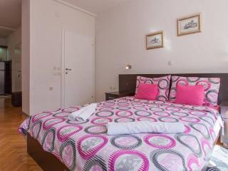 Comfortable 5 bedroom Villa in Ohrid - Ohrid vacation rentals