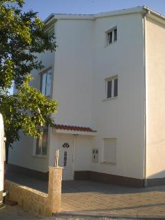 Nice House with Internet Access and Short Breaks Allowed - Kastel Stafilic vacation rentals