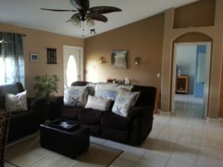 SPECIAL FREE TIX LION CNTRY SAFARI OR PIRATE BOAT! - Palm Beach Gardens vacation rentals