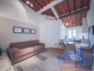Lovely 1 bedroom Borgo San Lorenzo Apartment with Internet Access - Borgo San Lorenzo vacation rentals