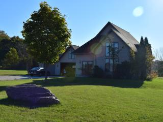 Private, peaceful 3-bedroom country home near Elkh - Sheboygan vacation rentals