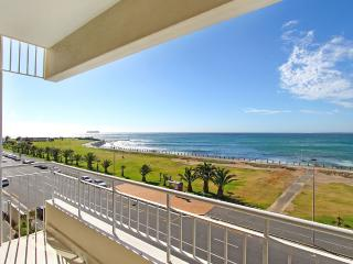 Westridge beachfront apartment with sea views - Camps Bay vacation rentals