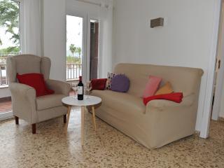 Apartamento 'Els Pins' Alcudiamar - Puerto de Alcudia vacation rentals