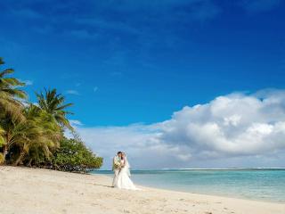 Jenny's Beach House - Absolute Beachfront - Titikaveka vacation rentals