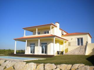 Nice 4 bedroom Villa in Lourinha - Lourinha vacation rentals