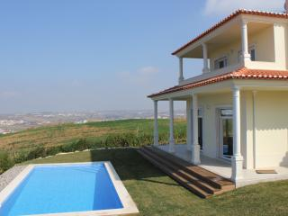 4 bedroom Villa with Internet Access in Lourinha - Lourinha vacation rentals