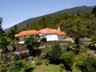 Villa Landhaus Tijarafe - Canary Island La Palma, Spain - Tijarafe vacation rentals