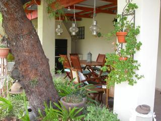 Pane Vivente Garden Cottage & Courtyard Room - Beaufort West vacation rentals