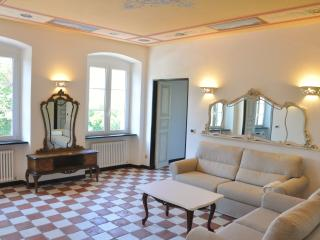 Wonderful Condo with Internet Access and A/C - San Lorenzo della Costa vacation rentals