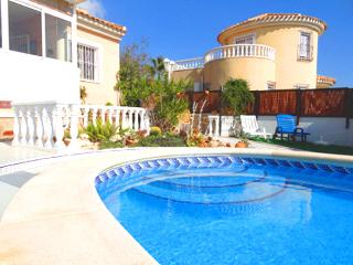 Villa in Spain - private pool, golf & beach nearby - Alicante vacation rentals