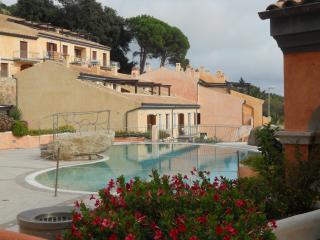 Bilocale C 002 c/o Borgo Punta Villa La Maddalena - La Maddalena vacation rentals