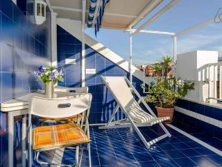 Bright 2 bedroom Penthouse in Sestri Levante - Sestri Levante vacation rentals