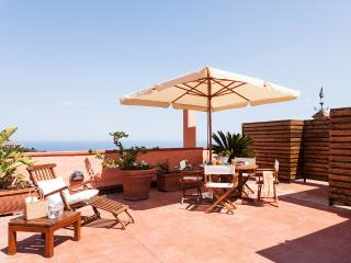 San Domenico Apartment, central position - terrace - Taormina vacation rentals