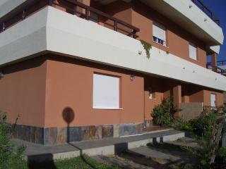 Villa with garden and pool, WIFI - Palomares del Rio vacation rentals