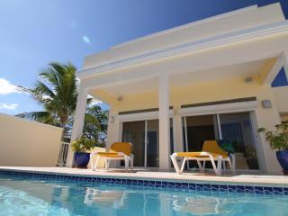 Panoramic Caribbean Views & Pool *FREE CAR PROMO* - Island Harbour vacation rentals