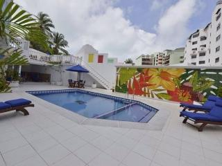 APARTAMENTO 305 COMMODORE BAY CLUB FRENTE MAR - San Andres Island vacation rentals