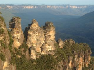 Comfortable 3 bedroom Katoomba House with Satellite Or Cable TV - Katoomba vacation rentals