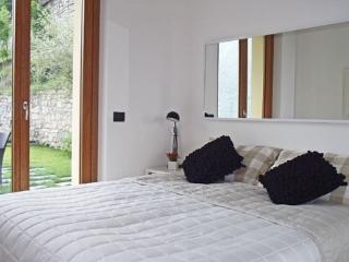 (AR004) Apartamento La Dolce Vita - Argegno vacation rentals